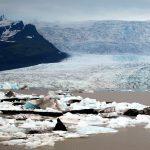 Gletscher + Eisschollen