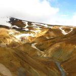 geothermales Gebiet Hveravellir mit der typischen Ockerfarbe