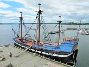 Auf diesem nachgebauten Schiff kamen 1776 die ersten Siedler nach Nova Scotia