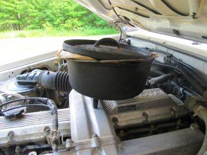 Der Motor wärmt den Teig
