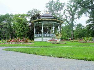 Sonntagskonzert im öffentlichen Park von Halifax