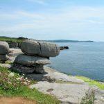 Die Felsen und der Blick laden zum Ausruhen ein