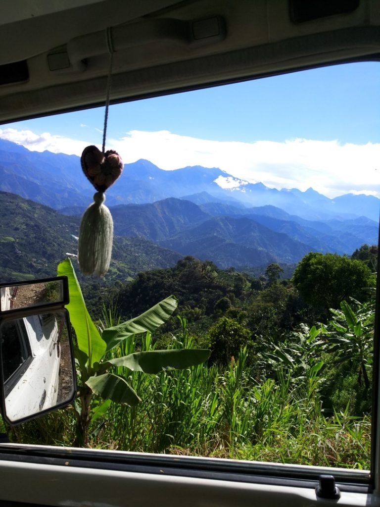 Unterwegs in Kolumbien – alles ist herrlich grün und bergig