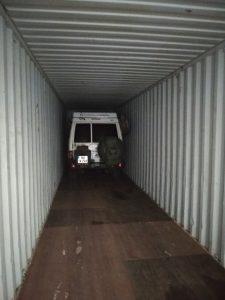 Container beladen in Cartagena Kolumbien, außerhalb des Hafens