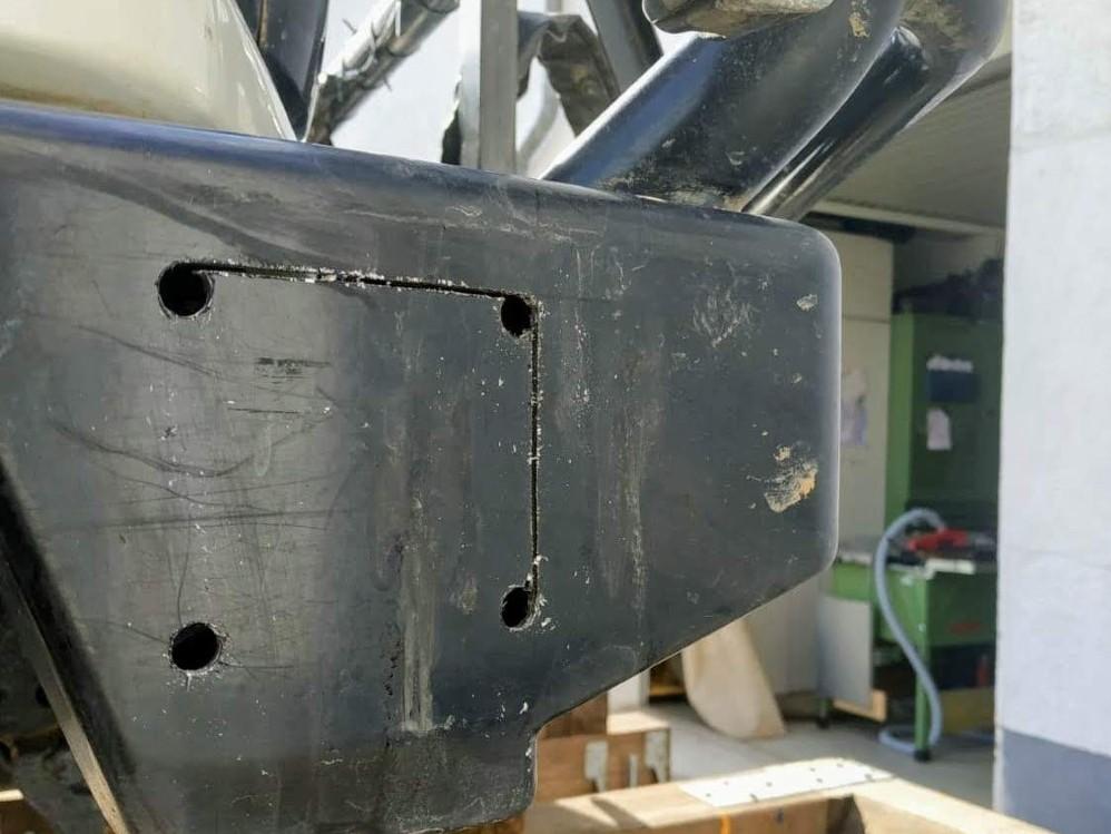 Integrierte LED Seitenscheinwerfer in ARB Stoßstange für Land Cruiser